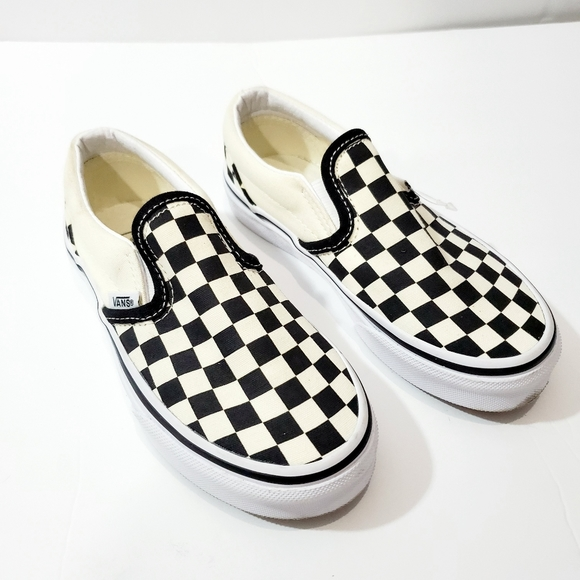 Kid size 13 brand new slip on checkered vans NWT